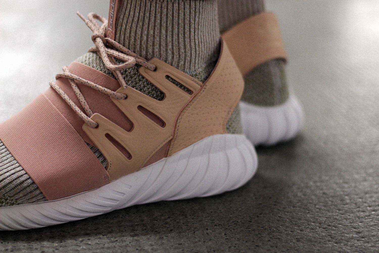 Ronnie fieg x adidas tubular doom primeknit pk (#1135435) from