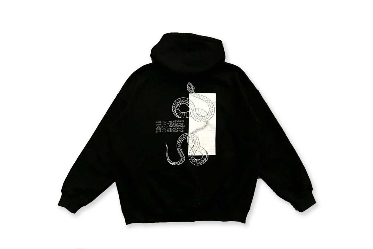 thelifeofnils-hoodie-back-sapato.jpg