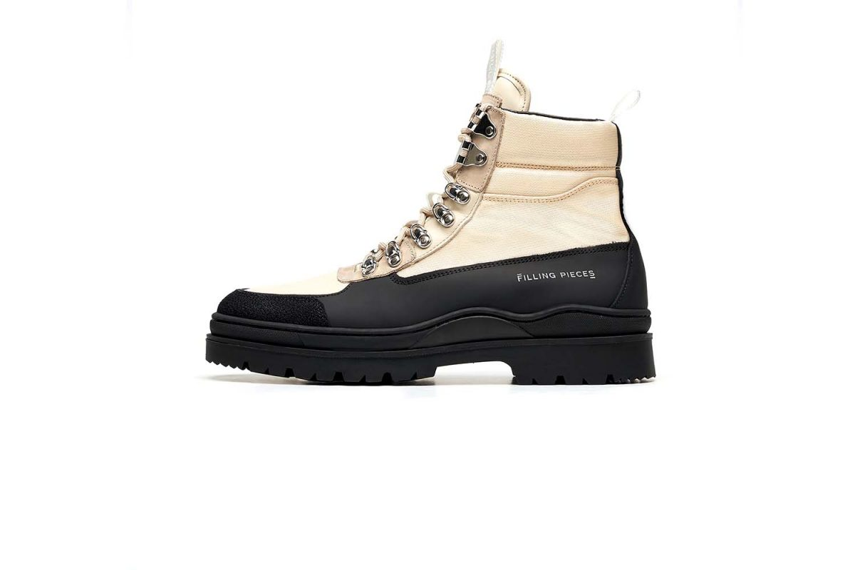 Filling Pieces Mountain Boot Mix